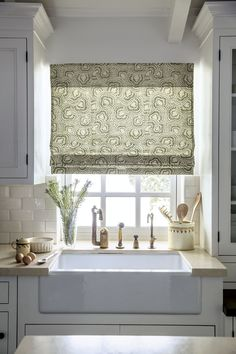 Flat Fold Roman Fabric Shade in Cora/Olive 16358 with Cordless Control #Kitchen #Sink #FabricShade