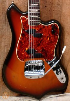 fender-custom-maverick-1969-sunburst
