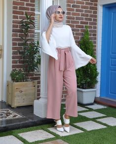 2019 Fashionable Hijab Outfits to Rock Hijab Fashion Summer, Modest Fashion Hijab, Modern Hijab Fashion, Casual Hijab Outfit, Hijab Fashion Inspiration, Islamic Fashion, Muslim Fashion, Modest Outfits, Fashion Outfits