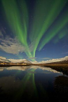 Aurora Borealis, northern lights, sky, landscape, color, photography, high-quality, Twitter @AmazingPics, Flickr