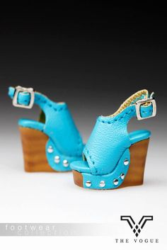The Vogue Blue Wedge Platform Fashion Shoes for Barbie Fashion Royalty (B679) #DollswithClothingAccessories