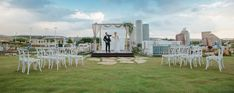 CHICAGO BRIDAL WEEK. #chicagobridalweek #wedding #weddingideas #weddingdecor #weddingdecorations #decorideas #weddingflowers #decoración #decoration #persybridal #yanivpersy2019 Boho Wedding Decorations, Bridal, Destination Wedding, Dolores Park, Chicago, Weddings, Group, Board, Travel