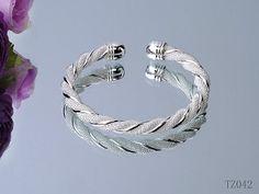 fashion Jewelry Tiffany Bracelets shoescapsxyz.org #Jewelry #fashion #cool #women #Popular #Luxury #nice #Beautiful #pretty #Bracelets #street #sale #online