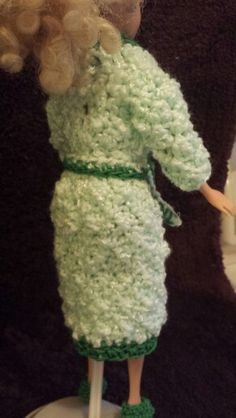 Back view of Barbie robe
