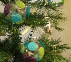 DIY Ornament Ball - Hot Dots