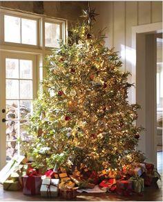 Glitter & Gold Christmas Tree #potterybarn