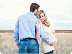 Las mejores poses para fotos de embarazo - Mamá y maestra
