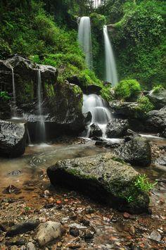Grenjengan Kembar(Twins Waterfall),Magelang,Central Java