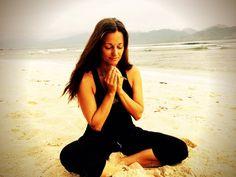 Praying. Sending love to all living beings on this Earth - Twitter - miradakini. www.dakini.se