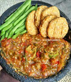 Indonesian Sambal Recipe, Indonesian Food, Curry Recipes, Asian Recipes, Ethnic Recipes, Easy Cooking, Cooking Recipes, Chicken Wing Recipes, Cooking Ingredients