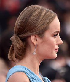 Coque baixo com torcidos Brie Larson SAG Awards