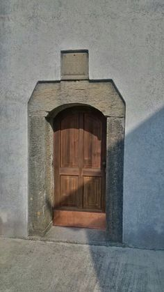 Chiesa di Sant'Osvaldo - la porta del campanile (1866)