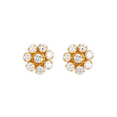The Traditional South Indian 7 Stone Diamond Stud Is Redefined In This Clic Pair Of Handctafted Gold Earrings