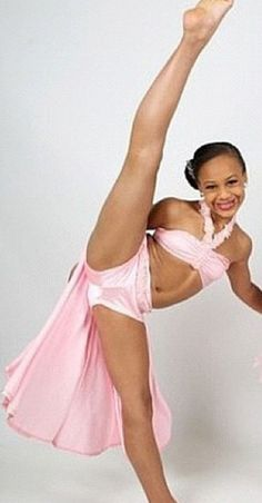 I need a nia for my FALDC ( you must be experienced when edits and have clean cutting) Dance Moms Costumes, Dance Outfits, Girl Outfits, Dance Moms Girls, Dance Moms Videos, Little Girl Swimsuits, Bikini Girls, Bikini Set, Little Hotties