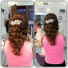 #topuz #doğal #saç #maşa#saçmodelleri #tasarım #espina#guzellik #salon#kırklareli#babaeski#lüleburgaz http://turkrazzi.com/ipost/1520367483876314519/?code=BUZbivcgI2X