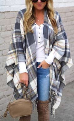 Popular Winter Outfit Ideas For Women 14