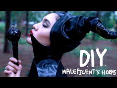 How to Be Maleficent for Halloween: DIY Horns, Dress & Makeup for Cheap « Halloween Ideas :: WonderHowTo Halloween Costumes 2014, Halloween Dress, Disney Halloween, Fall Halloween, Halloween Makeup, Cheap Halloween, Diy Maleficent Horns, Maleficent Cosplay, Sleeping Beauty Soundtrack