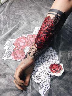 Trendy tattoo for guys geometric hands - Tattoos Rose Tattoos, Flower Tattoos, New Tattoos, Body Art Tattoos, Sleeve Tattoos, Girl Tattoos, Tattoo Guys, Tatoos, Sleeve Tattoo For Guys