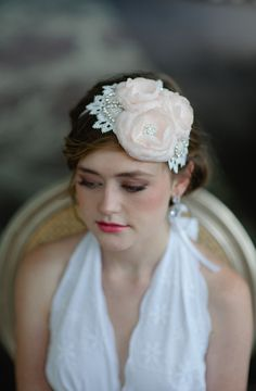 Lace & flower headband. Fine & Fleurie.