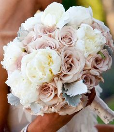 Get ready to fall in love with some pretty amazing flowers. I'm talking dazzling bouquets that will leave you speechless (seriously). This is the 26th edition of my monthly series 12 Stunning Wedding Bouquets. It features the most amazing combination of modern and vintage creations I've ever seen. Find here the ideal floral complement for read more...
