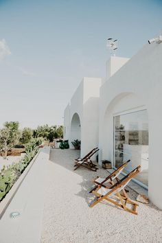 A Bright White Italian Escape - Rustic Italian, Italian Home, Bed And Breakfast, Welcome To My House, Outdoor Spaces, Outdoor Decor, Destinations, Fresco, My Dream Home