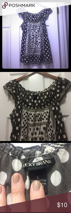 Lucky Brand tunic This is adorable and great with leggings or skinnies! Perfect for layering under a long cardigan. Lucky Brand Jewelry, Lucky Brand Tops, Long Cardigan, Username, Fashion Tips, Fashion Design, Fashion Trends, Layering, Tunics