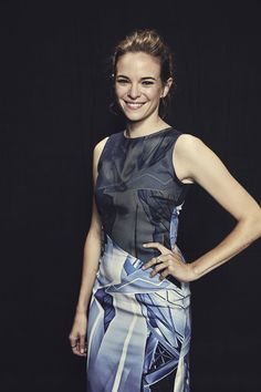 >> THE FLASH star Danielle Panabaker visited the Warner Bros. Television Photo Studio at WBTV's Comic-Con cocktail media mixer at the Hard Rock Hotel's FLOAT Rooftop Bar on Friday, July 25. #WBSDCC