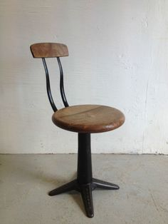 Stunning Vintage Industrial Singer Machinist Factory Sewing Chair Stool