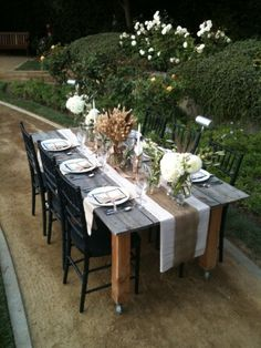 Do I spy a table on wheels that you can easily place any where? #events #tablescape