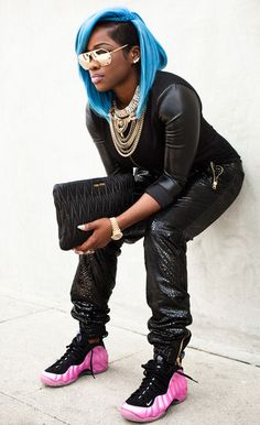 Official website of Celebrity Fashion Stylist, Olori Swank.the black girl with the blue hair) Dope Hairstyles, My Hairstyle, The Maxx, Natural Hair Styles, Short Hair Styles, Jackson, Glamour, Love Hair, Gorgeous Hair