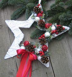 Vánoční hvězdička / Zboží prodejce Silene | Fler.cz Christmas Arts And Crafts, Country Christmas Decorations, Homemade Christmas Decorations, Christmas Star, Xmas Decorations, Handmade Christmas, Christmas Crafts, Christmas Ornaments, Art Floral Noel