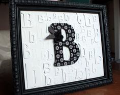 Secret Stashbuster Project: Make a Monogram Frame – Dollar Store Crafts Cute Crafts, Crafts To Do, Paper Crafts, Dollar Store Crafts, Dollar Stores, Craft Gifts, Diy Gifts, Monogram Frame, Diy Monogram