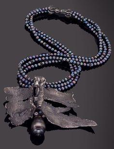 Black Pearl Necklace with Ecorce de Censier Pendant - Gilbert Albert