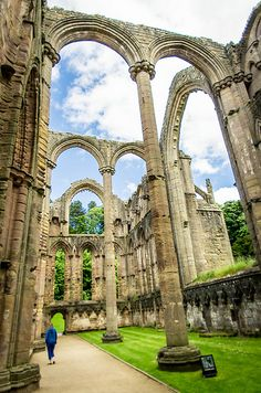 Fountains Abbey, Ripon, North Yorkshire, England