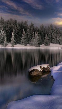 Midwinter's dream in Russia • photo: Alexander Matev on http://photo.net/photodb/photo?photo_id=8670767