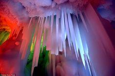 (@CherguiaMbark Ice cave in China