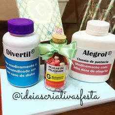 Festa medicina. Doctor party. Medicine Party. Lembrancinha medicina. Festa médico. Medical Party, Nurse Party, 15th Birthday, Birthday Parties, Birthday Ideas, Doctor Party, Diy Moisturizer, Bestie Gifts, Dental Humor