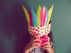 recycle and play...crown DIY
