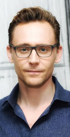"""HiddleMemes on Twitter: """"In case you need a new lock screen photo. https://t.co/ym2wgCoPGT"""""""