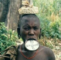 african masks and their meanings | Diposkan oleh EduLingLov di 04.32