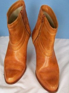 Mario DeGerardo Vintage Light Brown Leather Zipper Ankle Boots 7 #MarioDeGerard #Vintage