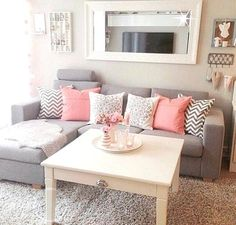 Comfy and Stunning Apartment Living Room Ideas. Apartment living room ideas, although there is no special formula when designing a small space, there are several keys to success. Fresco with bright . Home Living Room, Apartment Living, Apartment Ideas, Living Area, Couples Apartment, Apartment Design, Cozy Apartment, Cheap Apartment, Studio Apartment