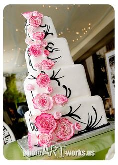 Winter Black Pink White Square Wedding Cakes Photos & Pictures - WeddingWire.com