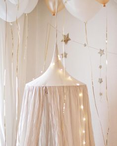 Let's celebrate! Numero74 featured products: Powder canopy & Gold falling star garland