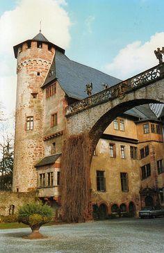 Schloss Fürstenau bei Michelstadt im Odenwald