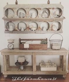 chicken coop décor rustic farmhouse style