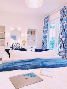 Bedrooms ideas decorating trick, pop to this info number 5944138509 for that fabulous to snug room. Room Ideas Bedroom, Home Bedroom, Bedroom Decor, Bedroom Inspo, Decorating Bedrooms, Bedroom Themes, Teen Bedroom, Decorating Ideas, Decor Ideas