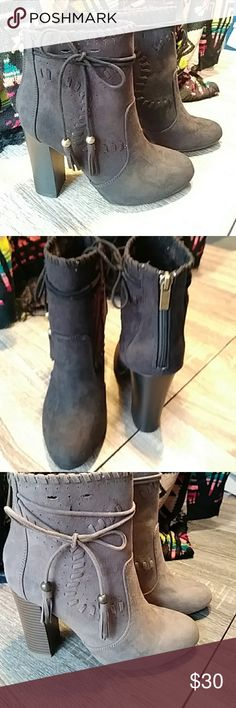 Black low cut boots Ready for fall...stylish, but comfortable 3 inch heel BAMBOO Shoes Ankle Boots & Booties