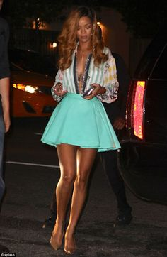 Who made Rihanna's nude pumps, print button down top, and green skirt? Shirt and skirt – Balmain Shoes – Christian Louboutin Mode Rihanna, Rihanna Riri, Rihanna Style, Mode Chic, Mode Style, Style Me, Rihanna Outfits, Fashion Outfits, Steal Her Style