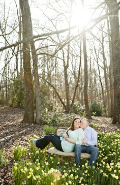 {Real Curvy Engagement} Spring Engagement in Georgia | Andie Freeman Photography
